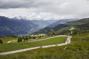 Triathlove-Triathlon-Blog-Zillertal-Bike-Challenge-Start-Mountainbike-Rennen-Panorama