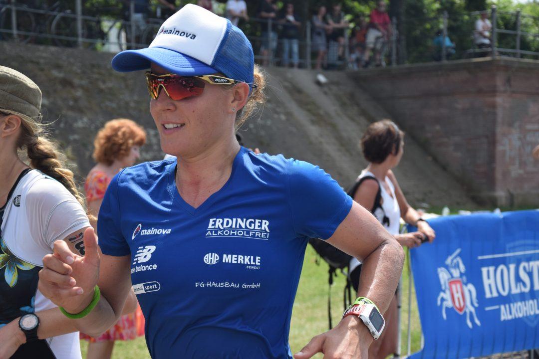 Daniela Sämmler beim Ironman Frankfurt 2017, hier im Interview zum Muttertag.