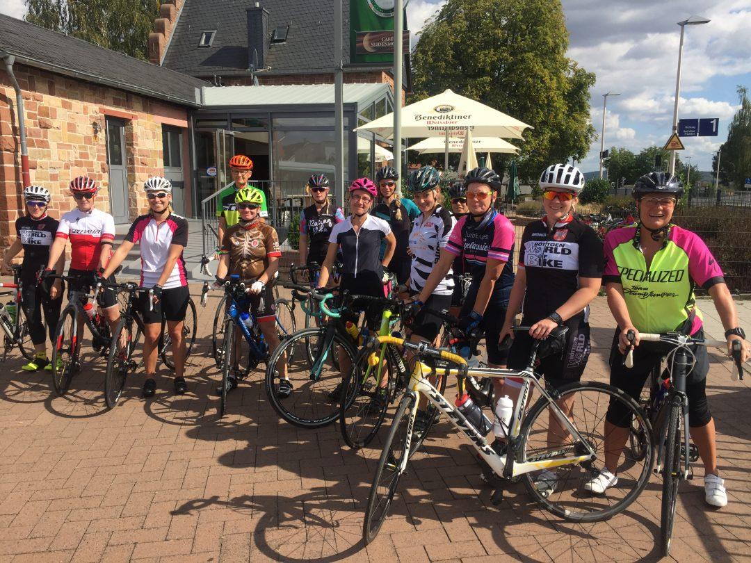 Girlsride in Frankfurt: Rennradtour für Frauen.